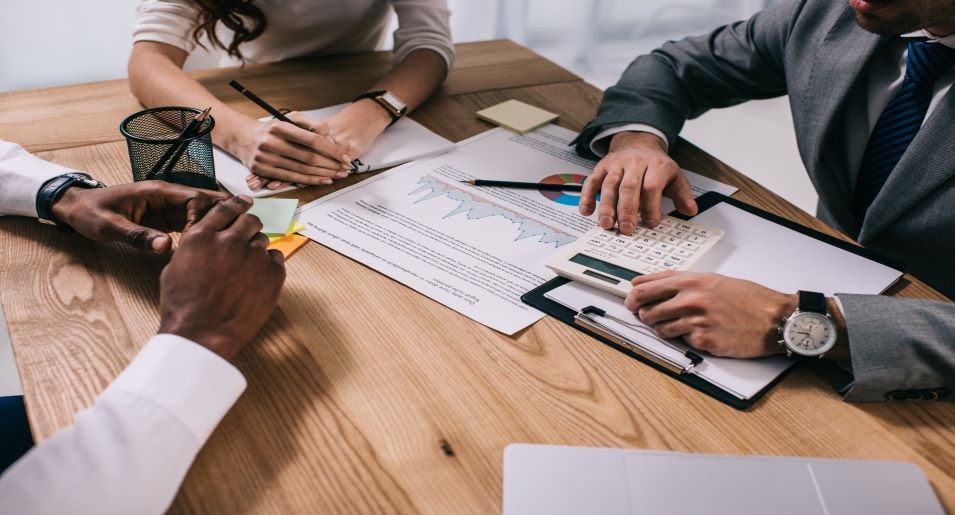 Chestnut Hill family lawyer explains the advantages of divorce arbitration